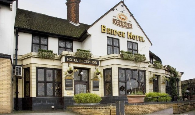 The Bridge Hotel, Greenford