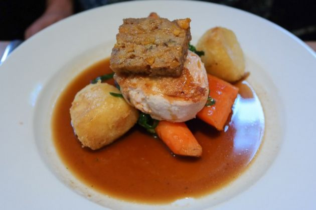 The Bull Hotel, Wrotham - Roast Chicken