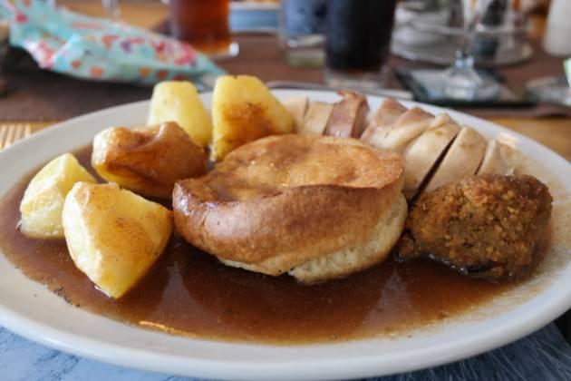 Dunes Bar and Restaurant, Camber nr Rye - Roast Chicken