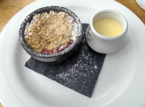 Kits Coty, Aylesford in Kent - Apple & Berry Crumble