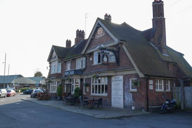 Rose & Crown, Farnborough