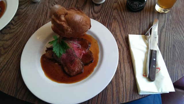 Sophies Steakhouse, Covent Garden in London - Roast Beef cooked rare