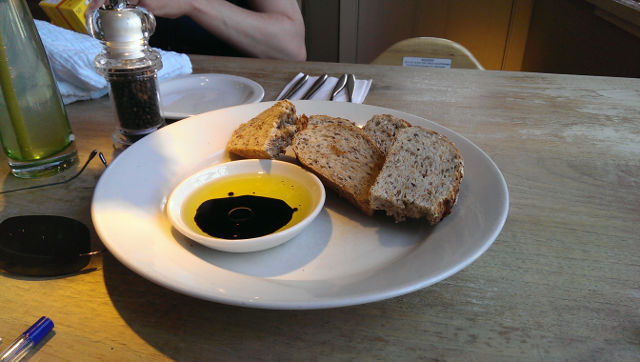The Bell Inn, Godstone, Surrey - bread and oil