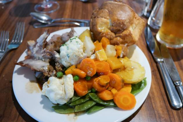 The Bull Hotel, Gerrards Cross nr Slough - My Roast Lamb Carvery
