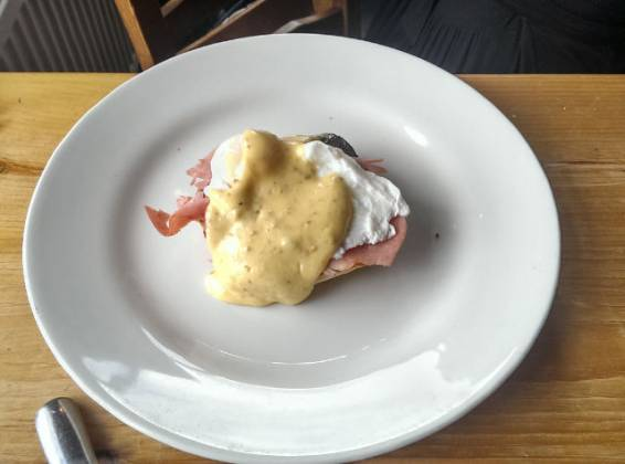 The Pearson Arms, Whitstable - egg benedict