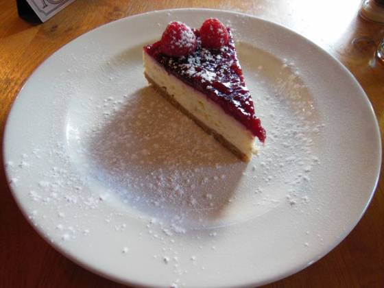 The Royal Oak in Romney Marsh - raspberry cheesecake