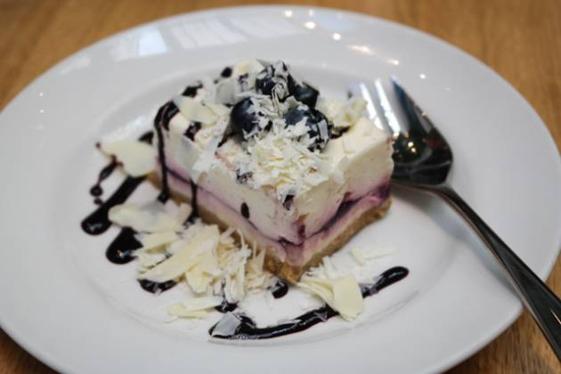 The Tramshed, Shoreditch - Blueberry and White Chocolate Cheesecake