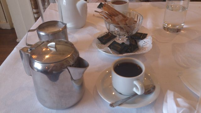 Bickley Manor Hotel, Bickley - coffee and mints