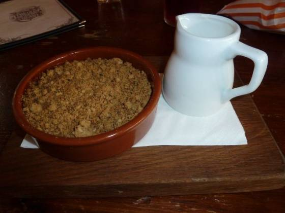 The Old Queens Head, Islington - Apple Crumble